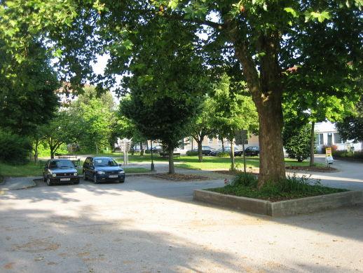 Veranstaltungsort - Kirchenplatz Neuhofen